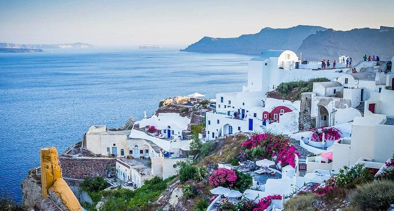 Vacanze a Santorini! 7 notti in buon aparthotel con piscina e ...