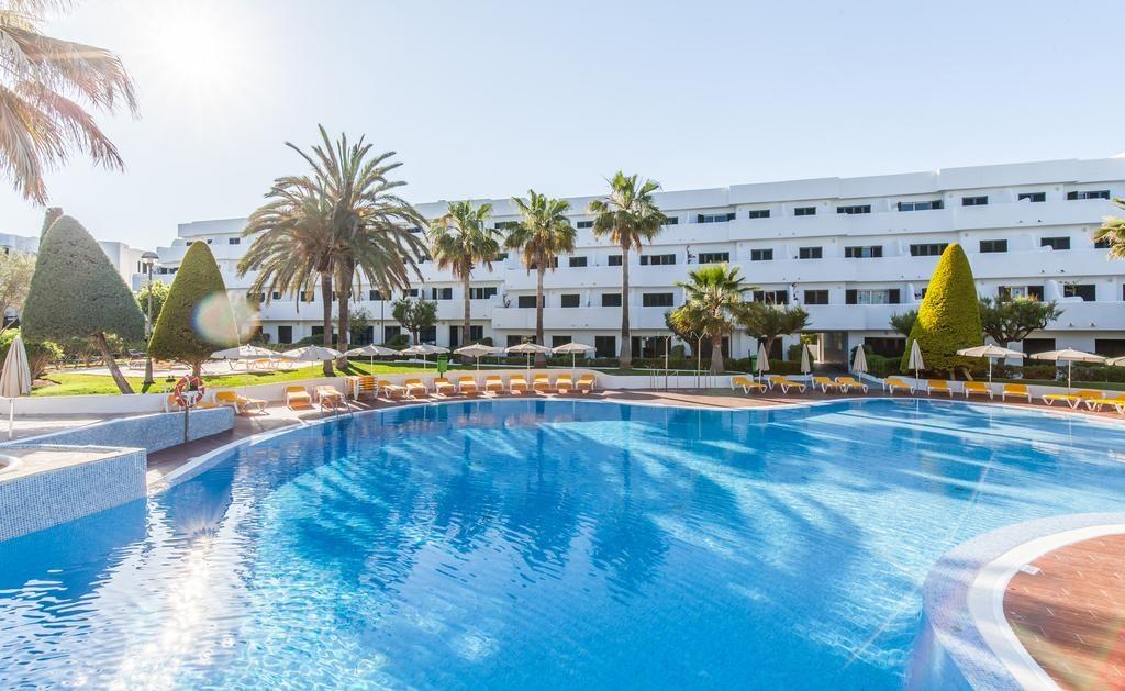 Settimana a Maiorca! 7 notti in buon hotel con piscina + voli da ...