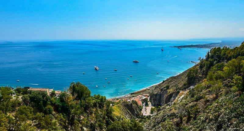Estate in Sicilia! Soggiorno presso buon hotel sul mare da ...