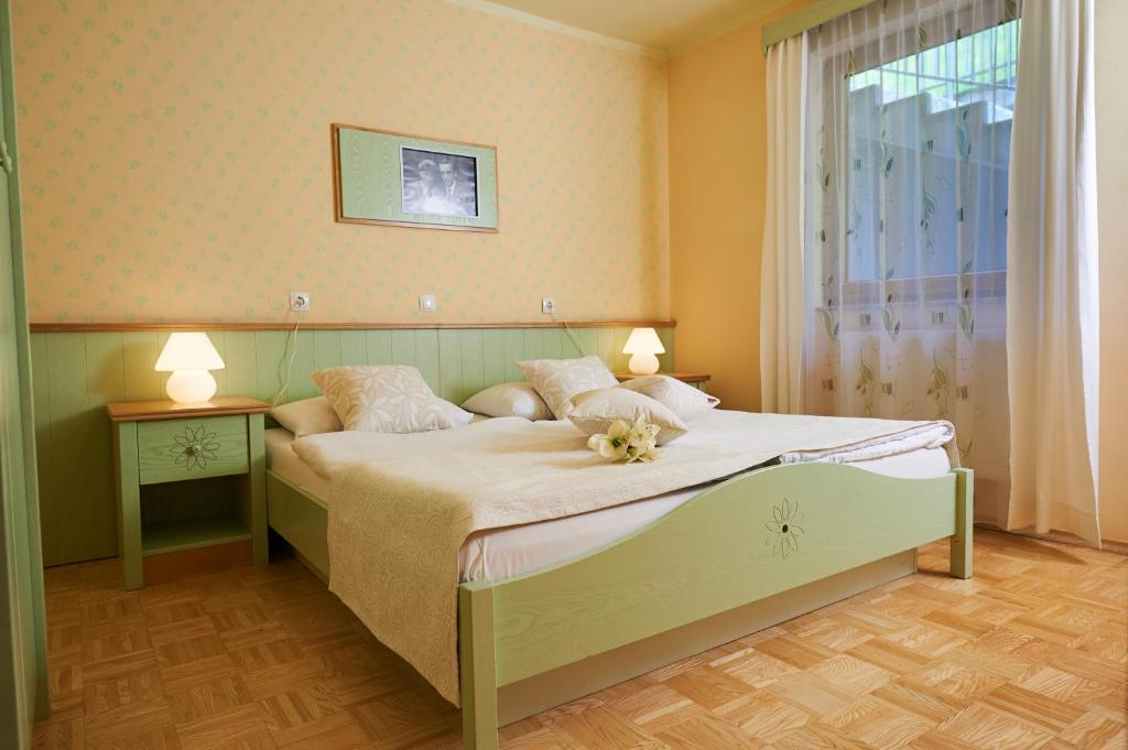 weekend in slovenia low cost